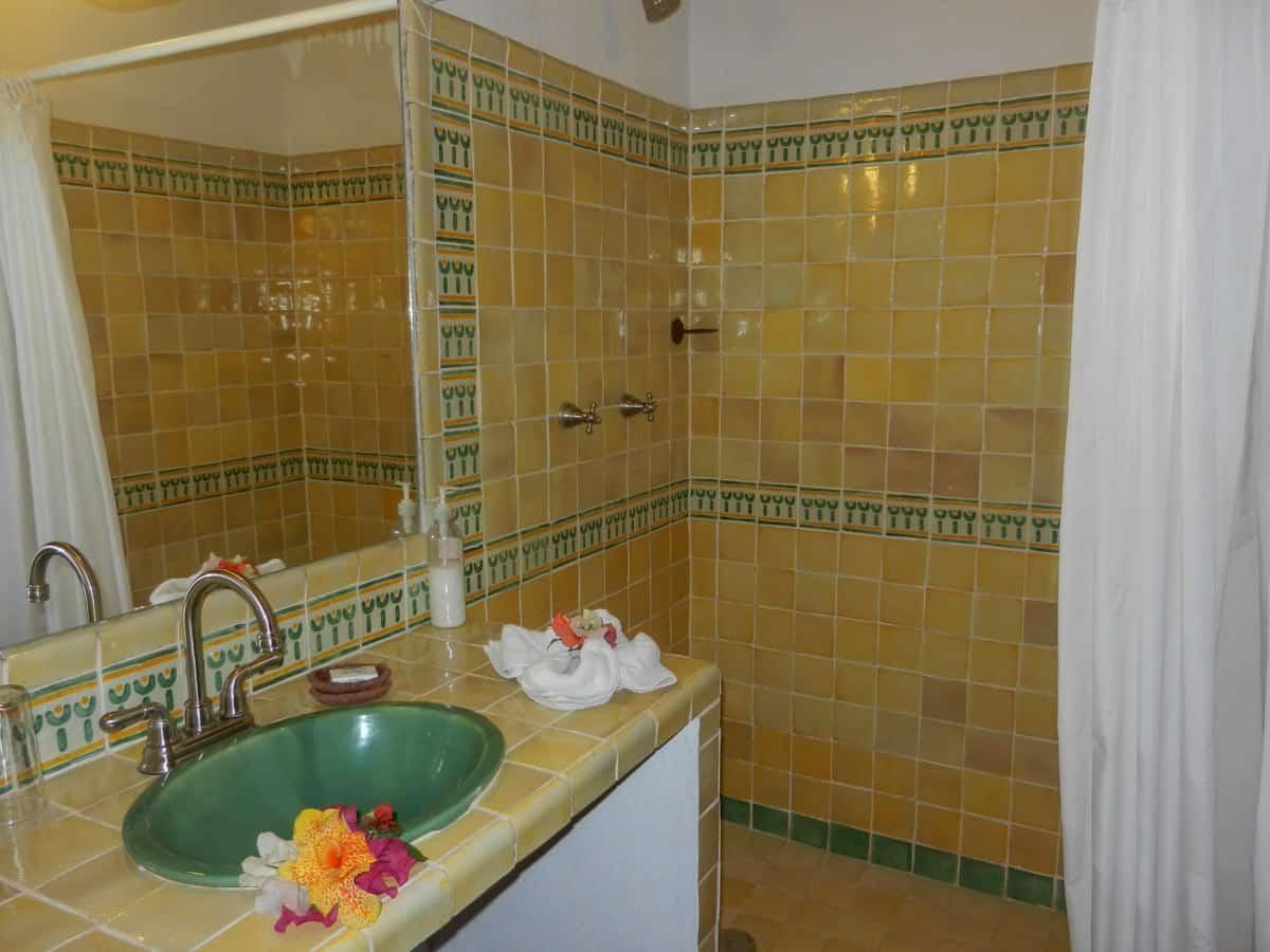 Hotel en Pátzcuaro Iyari ducha baño